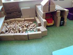 De vuilstortplaats in de bouwhoek. Gemaakt door groep 2. Transportation Theme, Preschool Lessons, Recycling Bins, Projects To Try, Education, Crafts, Decor, Remainders, Infants