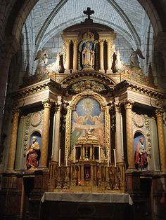 Eglise Saint-Martin à Ligueil (37240) - La statue de Saint-Martin au Grand Retable (vers 1900).