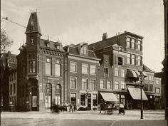 vd Pigge. Tweede gebouw van links. De overige panden werden gesloopt voor het huidige V&D gebouw.