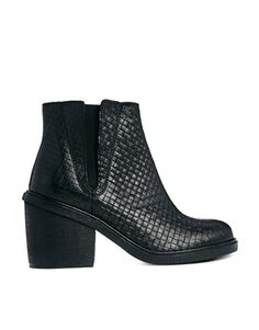 ASOS EARLY MORNING Leather Chelsea Ankle Boots