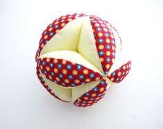 RESERVEE Balle de préhension Montessori, balle d'éveil tissu petit pan, billy rouge : Jeux, peluches, doudous par lelouppointu