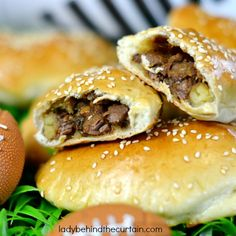 Korean Beef Pockets - Lady Behind The Curtain~ These Korean Beef Pockets are awesome!  Perfect to serve as an appetizer, at a game day party or add a salad &serve as a main dish. Full of flavorful tender meat with a hint of ginger & soy. The addition of smashed baked sweet potato really adds a hint of sweetness as well. http://www.ladybehindthecurtain.com/korean-beef-pockets/