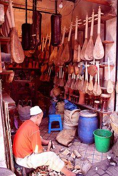 Musical instrument maker
