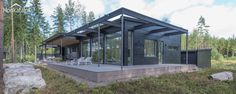 Modern wooden vacation home, Finland.   Honkatalot.fi
