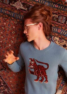"""Gucci unveiled new images of its Cruise 2016 Collection by Alessandro Michele. """"Street-inspired sportswear meets modern Italian tailoring in the new men's collection. From a silk bomber with a serpent snaking up the front to a youthful... »"""