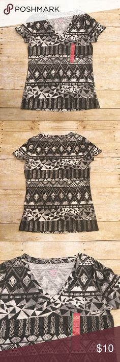 Black/gray/white NWT Mossimo v neck t shirt, med. New with tag Mossimo t shirt in a size medium. Nice black and white colors. Tribal print. Perfect for every day wear! Mossimo Supply Co. Tops Tees - Short Sleeve