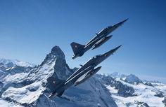 Swiss Air Force, Northrop F-5E Tiger II, USA, 98x, 1978 - 2012 Military Jets, Military Aircraft, Luftwaffe, Area 88, Swiss Air, Old Planes, Air Force Aircraft, Tiger Ii, Airplane Art