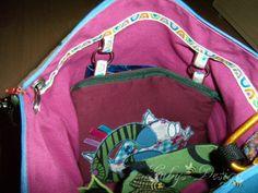 Adventstasche von Farbenmix - 2011 mit auswechselbarer Tasche innen. Die kleine Tasche kann sowohl aussen als auch innen getragen werden.