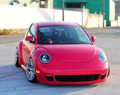 Volkswagen New Beetle, Vw Classic, Flower Car, Small Cars, Vw Beetles, Cool Cars, Dream Cars, Audi, Bike