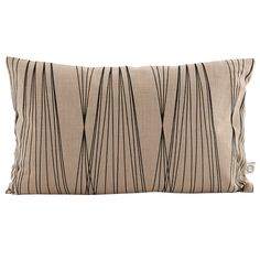 The Graphic pillowcase in nude by house doctor has a geometric design, and is made from Cotton. The Graphic pillowcase by house doctor is presented in nude. House Doctor, Burlap Pillows, Throw Pillows, Geometric Bedding, Colourful Cushions, Textiles, Cotton Bedding, Cotton Pillow, Scandinavian Style