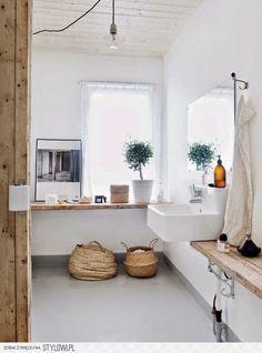 7 pomysłów na łazienkę ocieploną drewnem - Pomysł na Stylowi.pl