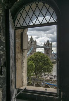 Through the window in London England And Scotland, England Uk, London England, Tower Of London, London City, Comte Dracula, Oh The Places You'll Go, Places To Visit, Through The Window
