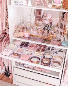 Rich Girl Bedroom, Bedroom Decor For Teen Girls, Cute Bedroom Ideas, Cute Room Decor, Room Ideas Bedroom, Girl Bedrooms, Room Design Bedroom, Girl Bedroom Designs, Home Room Design