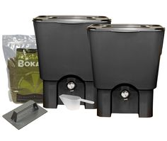 Bokashi Kitchen Composter: Beneficial microbes and bokashi bran, food scraps are broken down anaerobically in an air-tight vesicle.