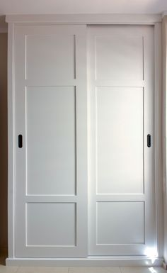 Paneled Bi-Fold Closet Door DIY - Room For TuesdayPaneled Bi-Fold Closet Door DIY - Room For TuesdayCloset Door Ideas: 3 Unique Ways to Dress Up Bedroom Closet Doors!One of my favorite closet door ideas in Bedroom Closet Doors Sliding, Master Bedroom Closet, Bedroom Wardrobe, Built In Wardrobe, Wardrobes With Sliding Doors, Glass Closet Doors, Fitted Wardrobes, Closet Door Makeover, Cupboard Doors Makeover