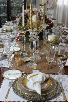 Natal se aproximando… tempo de amor, paz, alegria e, claro, tempo de receber bem. Montamos duas mesas, em estilos completamente diferentes, se inspire e arrase na sua decoração. Nada mais gos…