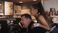 Ariana Grande demands to be carried into Starbucks by James Corden in hilarious Carpool Karaoke — Evening Standard Girl Pranks, Anthony Kiedis, The Late Late Show, Perfect People, Trending Videos, Dwayne Johnson, Funny Cat Videos, Ariana Grande, Funny Fails