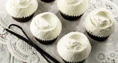 Lors d'un de mes voyages à New York, j'ai acheté le livre de pâtisserie de Magnolia Bakery :Magnolia Bakery CookBook. Certains d'entre vous ont sans soute la même addiction que moi pour les cupcakes, alors je partage avec vous la recette du cupcake au chocolat avec frosting de vanille de Magnolia Bakery! Magnolia´s Chocolate Cupcakes …