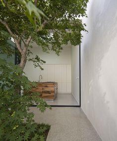 La casa tra gli alberi in Torino Italy by studioata - Photo by Beppe Giardino