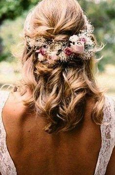 Half Updo Twist Side + Blond + Curls
