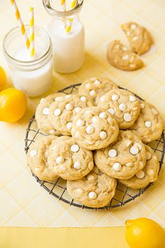 Lemon White Chocolate Chip Cookies - I'm in love with these cookies!! AMAZING!