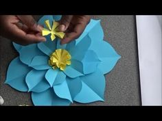How to make paper flowers- Easy Paper flower tutorial- DIY Paper flowers. Paper Lotus, Paper Flower Art, Paper Flowers Craft, Large Paper Flowers, Paper Flower Tutorial, Paper Flower Backdrop, Giant Paper Flowers, Flower Crafts, Fabric Flowers
