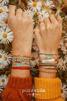 Shop All Bracelets at Pura Vida. Founded in Costa Rica, each purchase helps provide full-time jobs for artisans worldwide! Purvida Bracelets, Diy Bracelets Easy, Summer Bracelets, Bracelet Crafts, Handmade Bracelets, Friendship Bracelet Patterns, Friendship Bracelets, Cute Jewelry, Jewelry Accessories