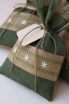 Burlap Gift Bags, Set of FOUR, Shabby Chic Christmas Wrapping, Green and Natural, Jute Webbing and White Metal Snowflakes, Wooden Gift Tag.