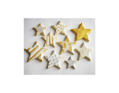 Add some sparkle and elegance to your holiday sweet table with these gold and silver, shimmery, hand painted star cookies. Edible metallic luster dust mixed with clear extract is the