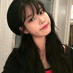 Cute Girl Face, Cool Girl, Iu Twitter, Angel Aesthetic, Kpop Girls, Korean Singer, Korean Girl, Girl Group, Female Models