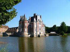 Château des Pécheurs ~ La Bussière ~ Loiret ~ France