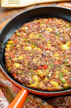 Low Syn Corned Beef Hash - an easy family friendly recipe perfect for breakfast,. - Low Syn Corned Beef Hash – an easy family friendly recipe perfect for breakfast, lunch or dinner. Canned Corned Beef Recipe, Corned Beef Recipes, Recipe For Corn Beef Hash, Meat Recipes, Chicken Recipes, Nutella Recipes, Savoury Recipes, Fall Recipes, Cooking Recipes