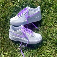 Lilac Purple swoosh & laces by customedaf Mode Converse, Sneakers Mode, Sneakers Fashion, Fashion Shoes, Trendy Womens Sneakers, Trendy Shoes, Casual Shoes, Jordan Shoes Girls, Girls Shoes