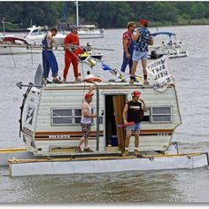 Houseboat???  Red neck style!!