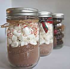 DIY Hot chocolate in Mason Jars. Homemade gifts for the neighbors!