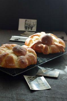 Sweet & Sour: PAN DE MUERTO.