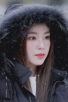 Check out Black Velvet @ Iomoio Red Velvet アイリーン, Irene Red Velvet, Seulgi, Kpop Girl Groups, Kpop Girls, Korean Beauty, Asian Beauty, Korean Girl, Asian Girl