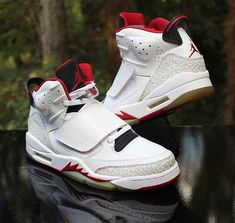 best cheap 0cfcc 23335 Nike Air Jordan Son of Mars Fire Red White Black 512245-112 Men s Size 10