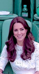 """Duchess of Cambridge. Duchess of Cambridge. """"All the beautiful things in the world are felt by your heart first, long before your eyes see them, and your mind appreciates their beauty. Princess Kate Middleton, Kate Middleton Style, Prince William And Catherine, William Kate, Duchess Kate, Duke And Duchess, Princess Charlotte, Princess Diana, Diana Williams"""
