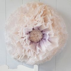 Are you interested in our giant hand-dyed paper flowers? With our paper flowers for weddings you need look no further.