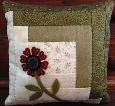 Fabulous Log cabin pillow kit with flower wool applique, must see!