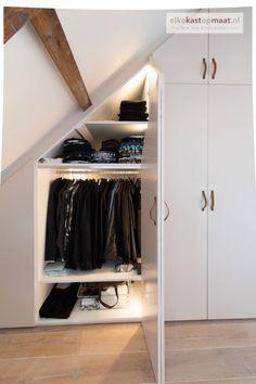 Attic Bedrooms, Room Ideas Bedroom, Closet Bedroom, Bedroom Storage, Home Decor Bedroom, Bedroom Built In Wardrobe, Wardrobe Room, Wardrobe Door Designs, Closet Designs