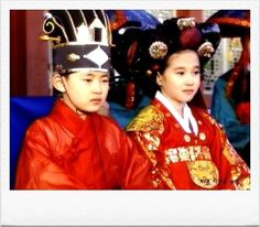 Empress Myeongseong(Hangul:명성황후;hanja:明成皇后) is a 2001 South Korean television series that aired onKBS2.  Empress Myeongseong was considered as the last empress of Korea because of theEulmi Incident(also called Operation Fox Hunt). 세자와세자빈