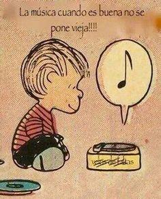 Algo que nunca podría faltar en mi vida, nací y crecí escuchando música por lo que es infaltable en cualquier momento.