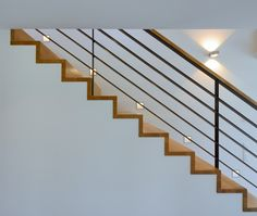 Ob eine Treppe nach oben oder nach unten führt, liegt im Auge des Betrachters.  Up or down - it's all in the eye of the beholder. Fertighaus WEISS | Haus Eppli