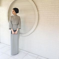 Dress hijab simple abayas for 2019 Islamic Fashion, Muslim Fashion, Modest Fashion, Fashion Outfits, Fashion 101, Stylish Outfits, Hijab Dress Party, Hijab Outfit, Batik Fashion