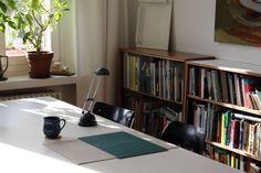 Wie sieht Dein Arbeitsplatz aus, Denis Schäfer? #startyourart #studiostories www.startyourart.de