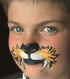 Halloween Face Painting Ideas for kids Face Painting Tutorials, Face Painting Designs, Paint Designs, Animal Face Paintings, Animal Faces, Face Painting For Boys, Body Painting, Kitty Face Paint, Lion Face Paint Easy