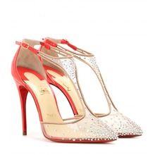 Lenkt alle Blicke auf eure Füße mit reizvollen Heels in leuchtenden Farben und tollen Formen!