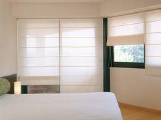 Vertilux is one of the largest manufacturers of vabrics and components for the Window Covering Industry. Shades Blinds, Roman Blinds, Window Coverings, Roman Shades, Ideas Para, Windows, Curtains, Room, House